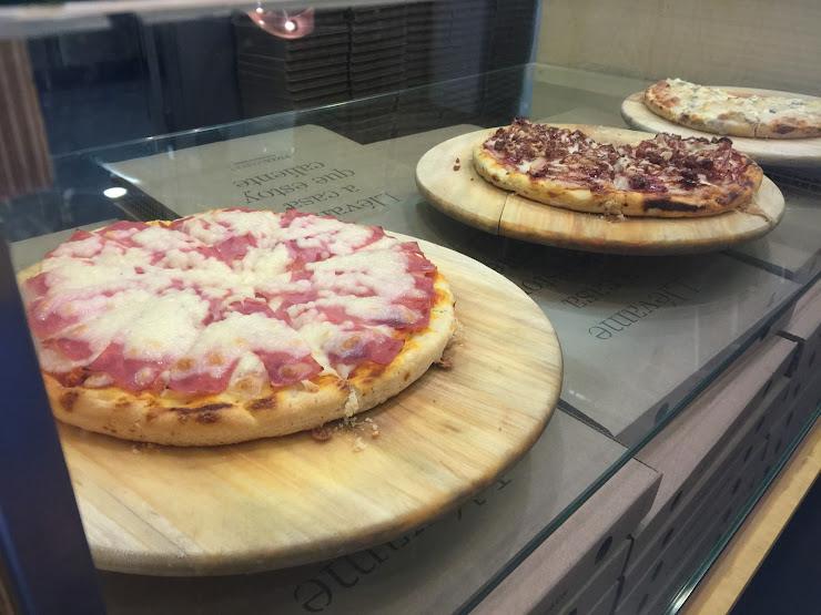 Pizza Market Sants Av. de Madrid, 6, 08028 Barcelona