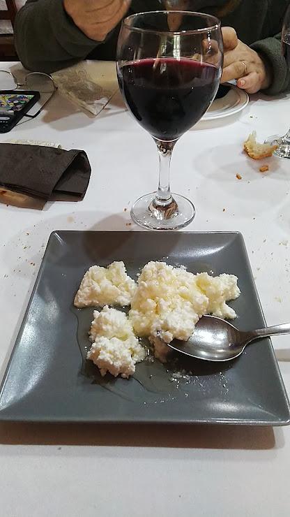 Restaurant Can Quel Carretera del Doll, Km. 58, 25615 Fontllonga, Lérida