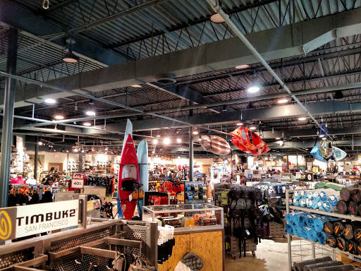 Outdoor Sports Store «Eastern Mountain Sports», reviews and photos, 68 Fort Eddy Rd, Concord, NH 03301, USA