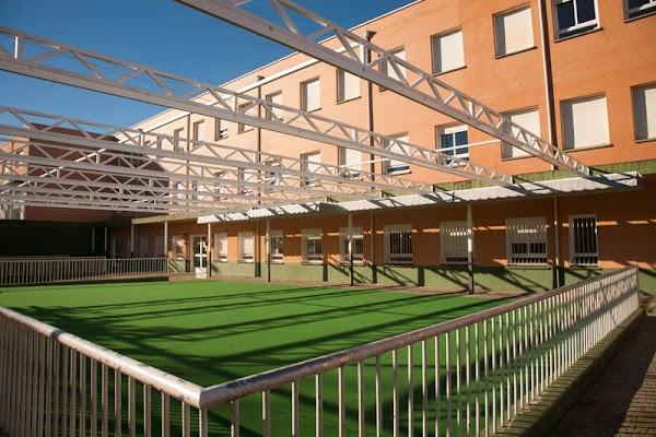 Centro Privado Concertado De Educación Infantil Primaria Y Secundaria María Auxiliadora
