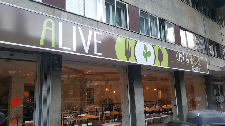 Alive Restaurant - Vegà Travessera de les Corts, 180, 08028 Barcelona