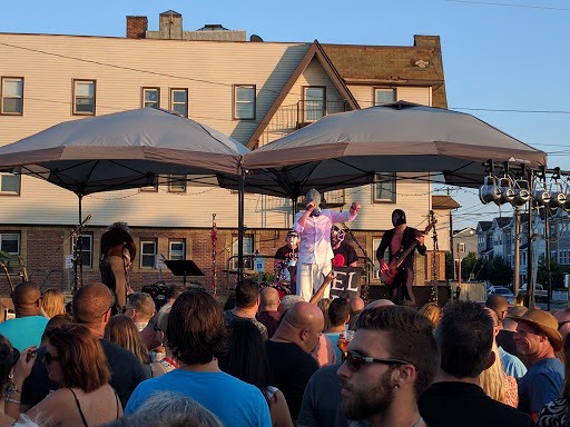 Live Music Venue «The Emporium», reviews and photos, 9 Railroad Ave, Patchogue, NY 11772, USA