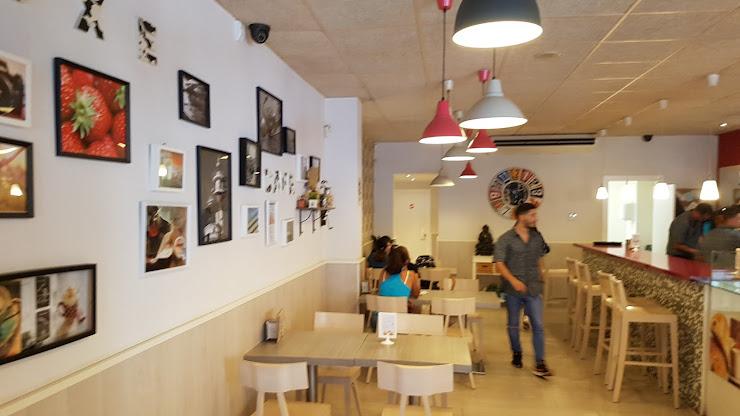 Luxe Cafè Avinguda Catalunya, 26, local 5, 17230 Palamós, Girona