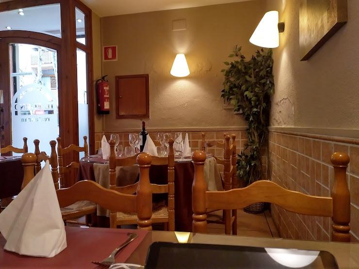 Restaurante Pizzería Il Forno Carrer de la Llibertat, 11, 08800 Vilanova i la Geltrú, Barcelona