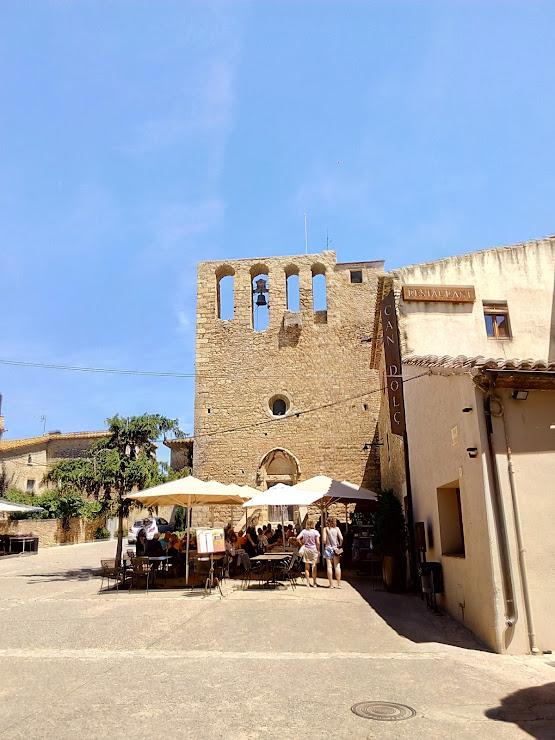 Restaurant Can Dolç Plaça Esglèsia, s/n, 17256 San Felíu de Boada, Girona