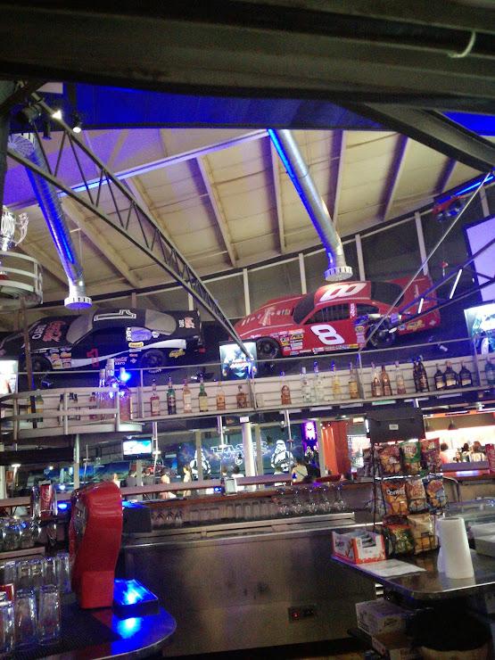 Indoor Karting Barcelona Pol. Ind. El Pla, Carrer de Laureà Miró, 434, 08980 San Felíu de Llobregat, Barcelona