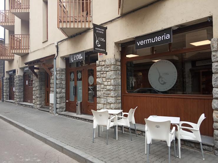 Restaurant Pizzeria Vermuteria L'Olla Carrer Sant Pere, 6, 8, 17538 Alp, Girona