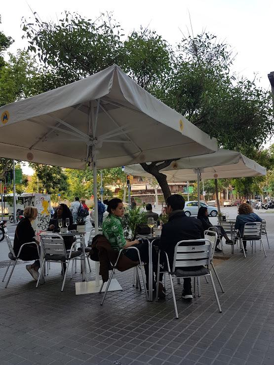 Bistrot LOCAL 92-94, Carrer de Casp, bajos 2, 08013 Barcelona