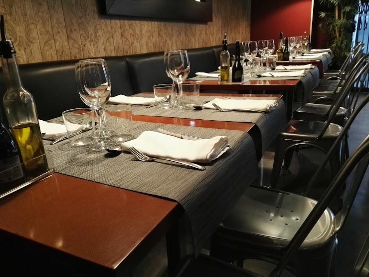 Milano Restaurant Passeig de Jaume Gordi, 4, 08921 Santa Coloma de Gramenet, Barcelona