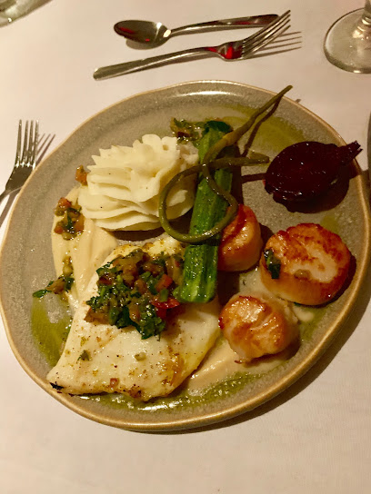 l'Espadon Restaurant (à l'Auberge De La Pointe )