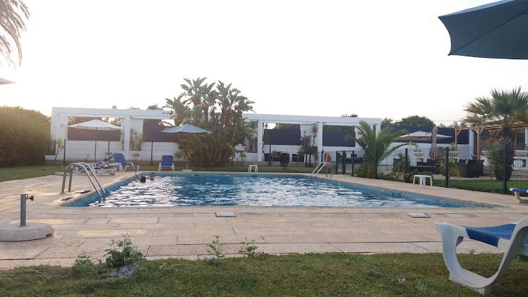 Hotel ibis Faro Algarve R. António Aleixo 204, 8005-174 Faro, Portugal