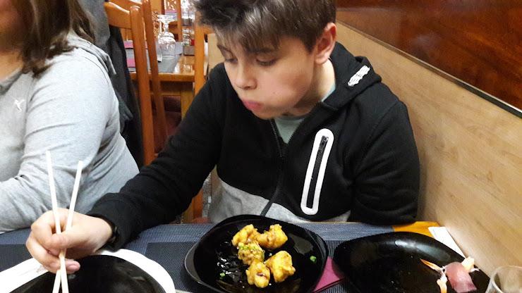 Restaurante asiatico sushi xing Carrer de Dante Alighieri, 84, 08032 Barcelona
