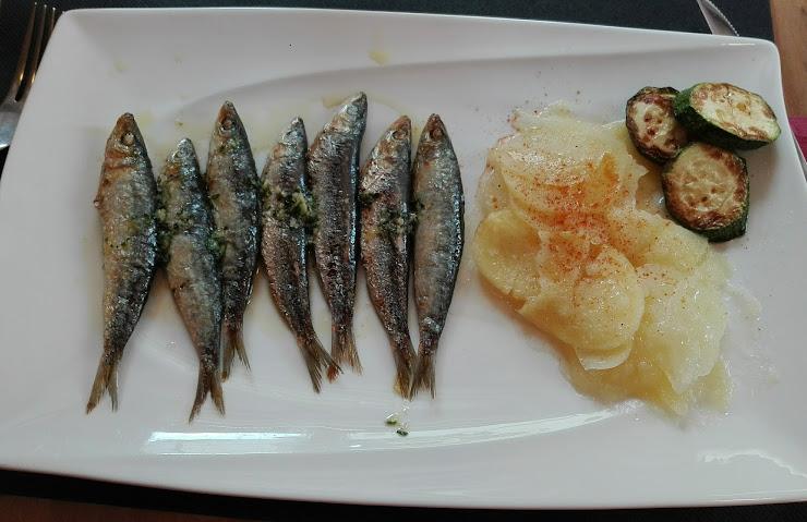 Restaurant Bahia Passeig del Mar, 19, 17320 Tossa de Mar, Girona
