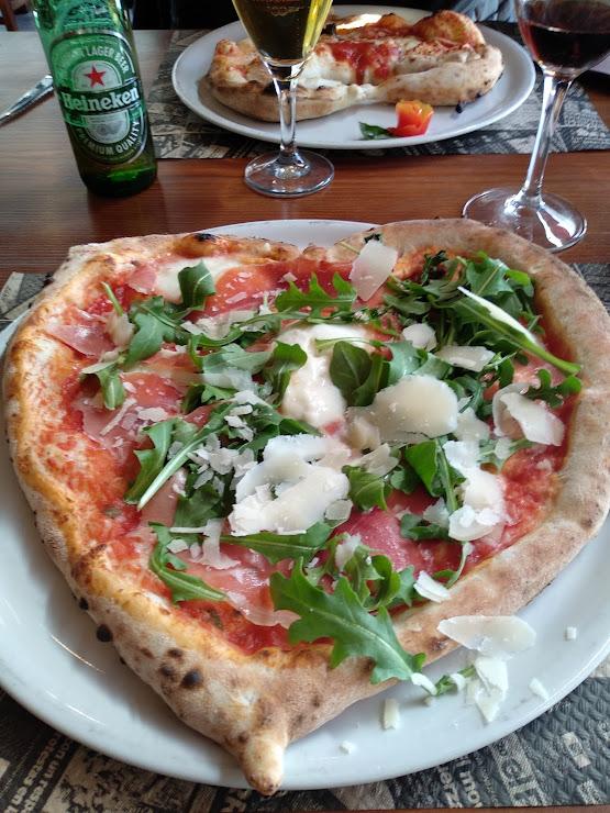 Pizzería & Grill Napule è - Italiano Carrer d'Enric Granados, 10, 17310 Lloret de Mar, Girona