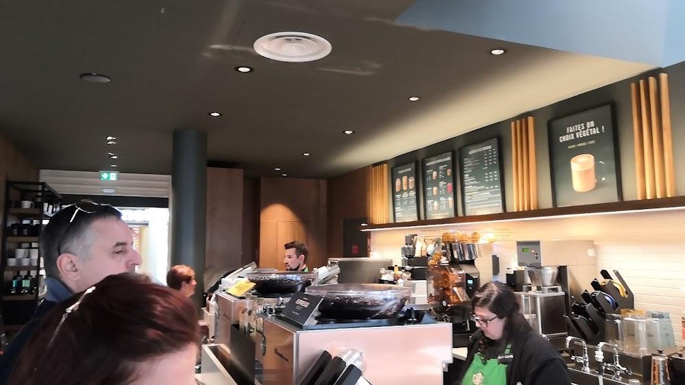 photo du resaurant Starbucks Coffee - AUTOGRILL Centre de la France Farges Allichamps A71