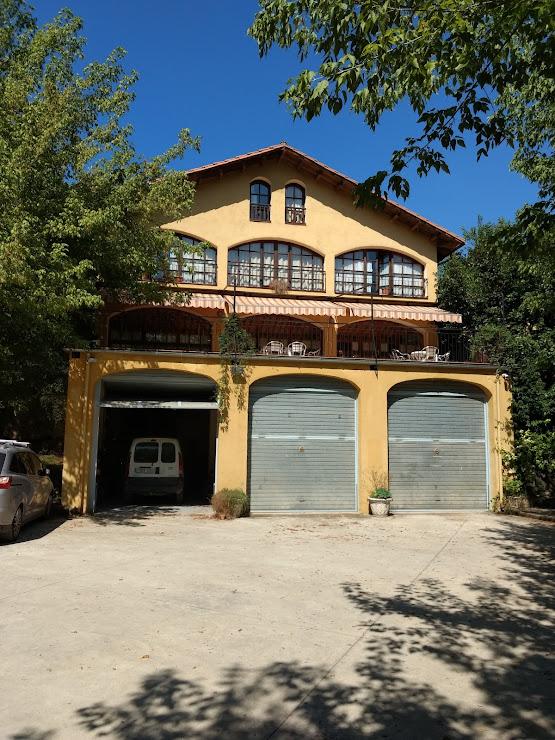 Restaurant Mas La Peça Km 91.4 N - 260 La, 17813, Girona