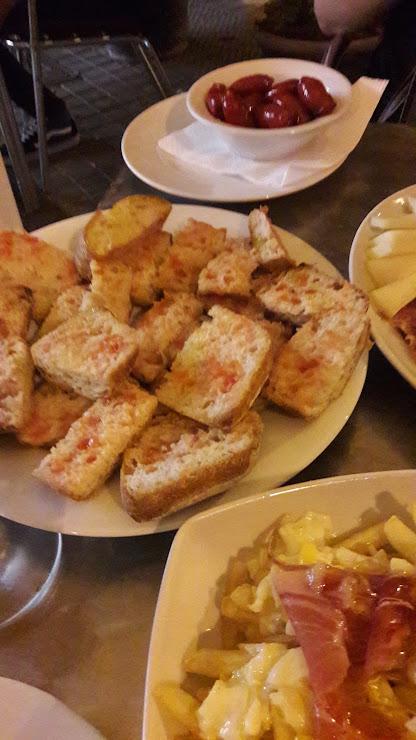 Restaurante La Tabla Carrer de la Independència, 79, 08902 L'Hospitalet de Llobregat, Barcelona