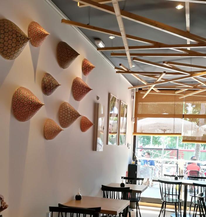 Tako BCN Sushi-bar Carrer d'Espronceda, 126, 08005 Barcelona