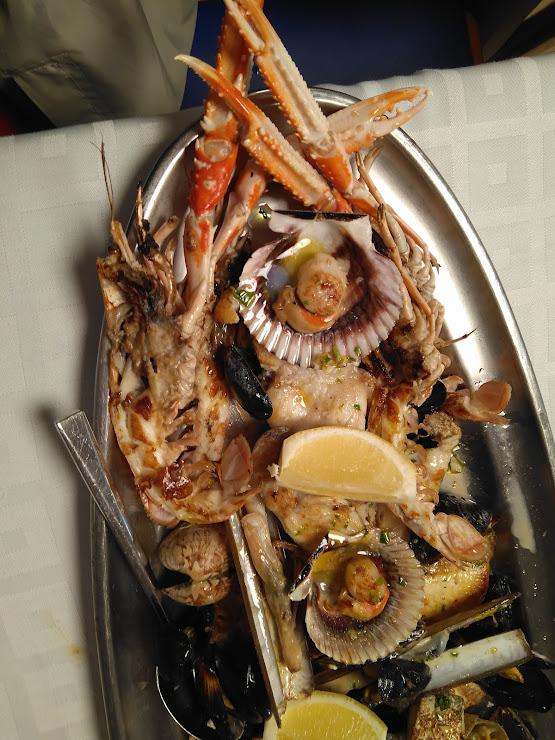 Restaurant Marisqueria Pepet Av. de la Mare de Déu de Montserrat, 43, 08397 Pineda de Mar, Barcelona