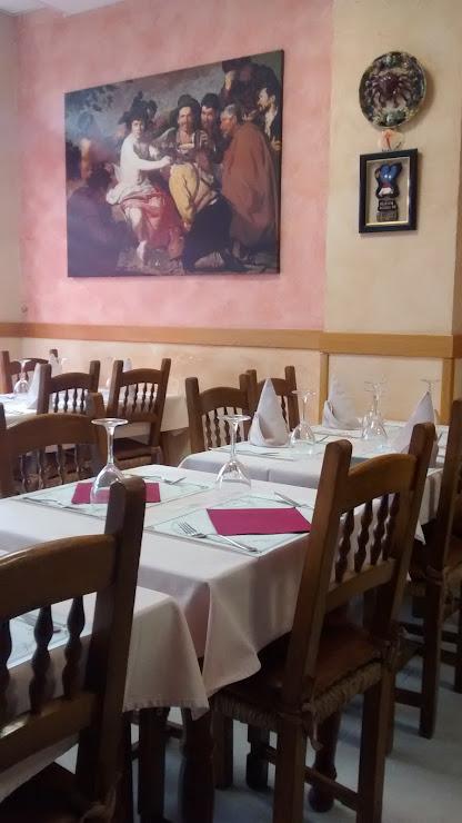 Taverna Gallega Av. Camí de l'Àngel, 43, 17310 Lloret de Mar, Girona