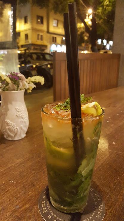 Once Upon a Time...Food & Drinks Carrer de Mandri, 32, 08022 Barcelona