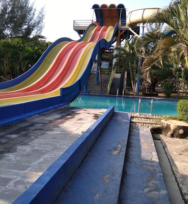 Water Boom Bojong Sari Indah