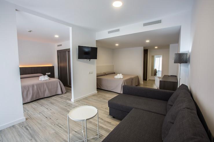 Hotel Don Juan Resort Carrer de la Riera, 77, 17310 Lloret de Mar, Girona