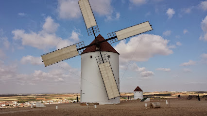 Windmills Manchegos (Ofi. Tourism)