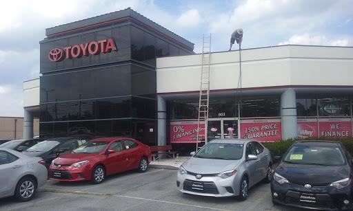 Toyota Dealer «Fitzgerald Toyota Gaithersburg», Reviews And Photos, 907 N  Frederick Ave, Gaithersburg, MD ...