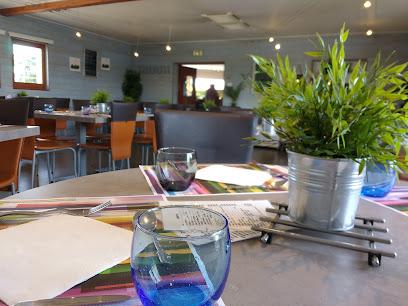 photo du restaurant Le Hangar Café