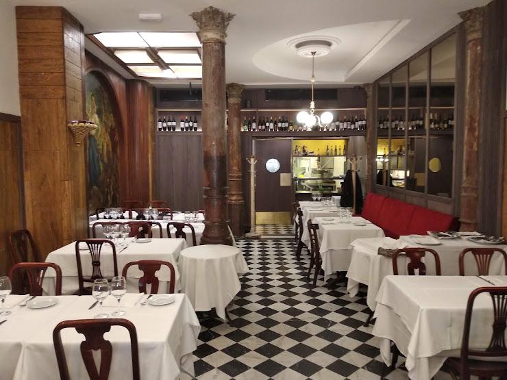 Casa Agustí Carrer de Bergara, 5, 08002 Barcelona