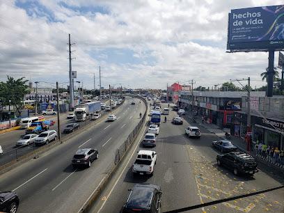 Autopista Duarte Con Av. Luperon