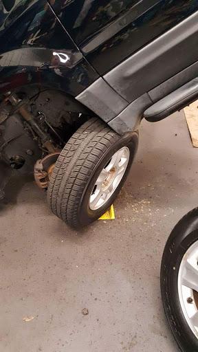Auto Repair Shop «Sears Auto Center», reviews and photos, 2801 Wilma Rudolph Blvd, Clarksville, TN 37040, USA