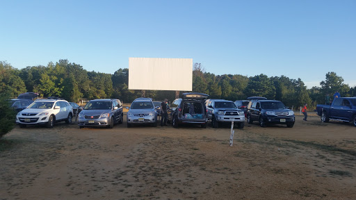 Drive-in Movie Theater «Delsea Drive-In Theatre», reviews and photos, 2203 S Delsea Dr, Vineland, NJ 08360, USA