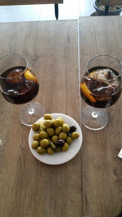 L'Olivo Restaurante Carrer de Castelao, 167, 173, 08902 L'Hospitalet de Llobregat, Barcelona