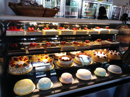 Fortuna Bakery & Cafe