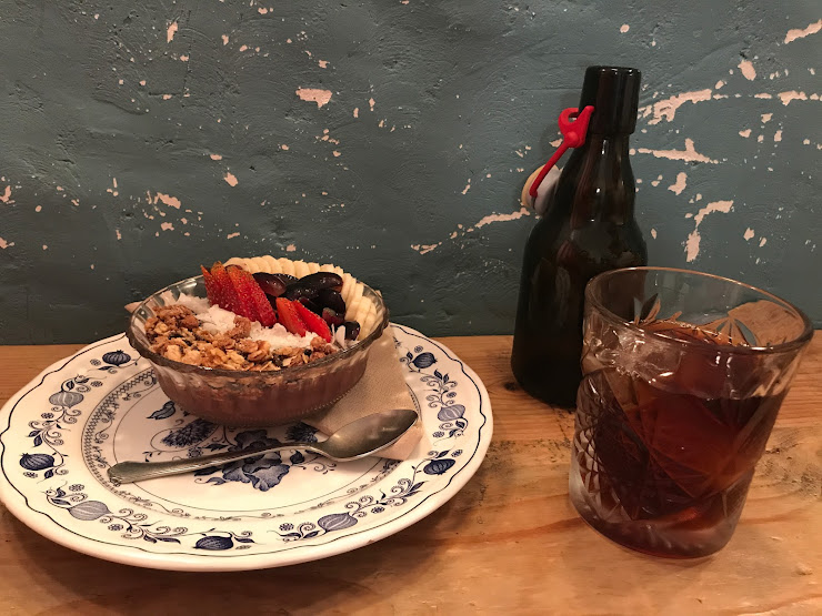 Roast Club Cafe Carrer de València, 143, 08011 Barcelona