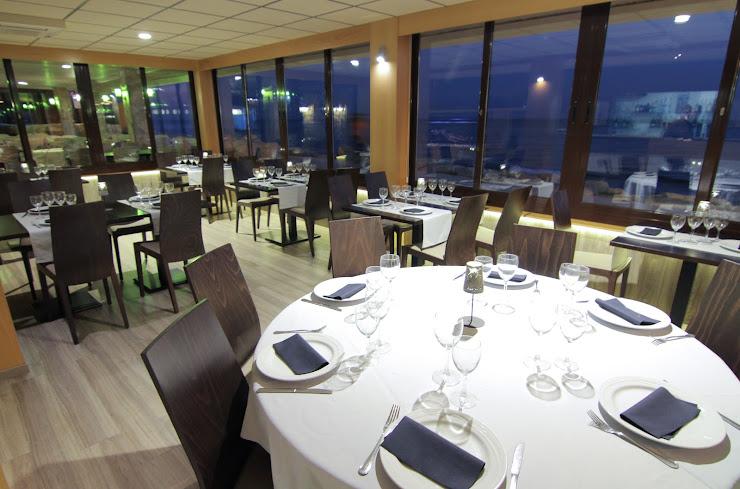 Pins Mar Restaurant Paseo Marítimo, 86-100, 08392 Sant Andreu de Llavaneres, Barcelona