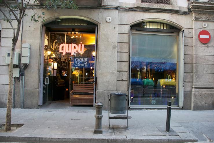 Gurú Food & Cocktails Carrer de Josep Anselm Clavé, 19, 08002 Barcelona