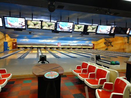 Bedroxx Bowling Alley