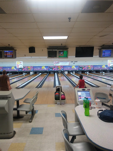 Bowling Alley «Warren Lanes», reviews and photos, 671 Memorial Pkwy, Phillipsburg, NJ 08865, USA