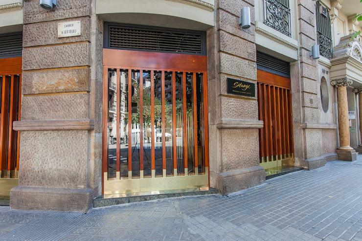 Solange Cocktails & Luxury Spirits Carrer d'Aribau, 143, 08036 Barcelona