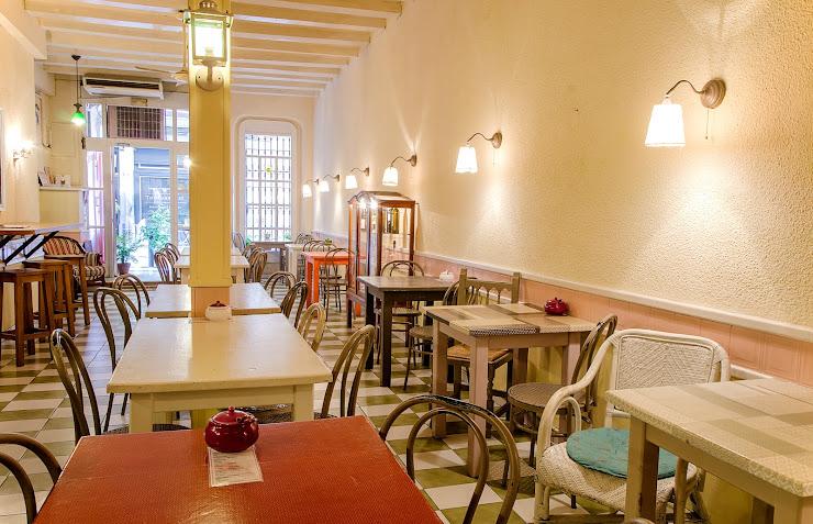 Cafe Camelia Carrer de Verdi, 79, 08012 Barcelona