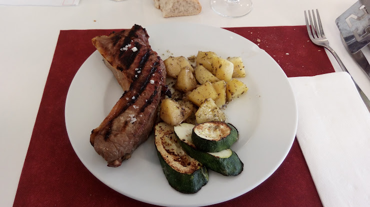 L'Essència de L'Empordà - Bar Restaurant Crta. Torroella, núm. 40 bx, 17140 Ullà, Girona