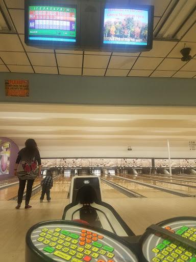 Bowling Alley «Rutland Bowlerama Inc», reviews and photos, 158 S Main St #2, Rutland, VT 05701, USA