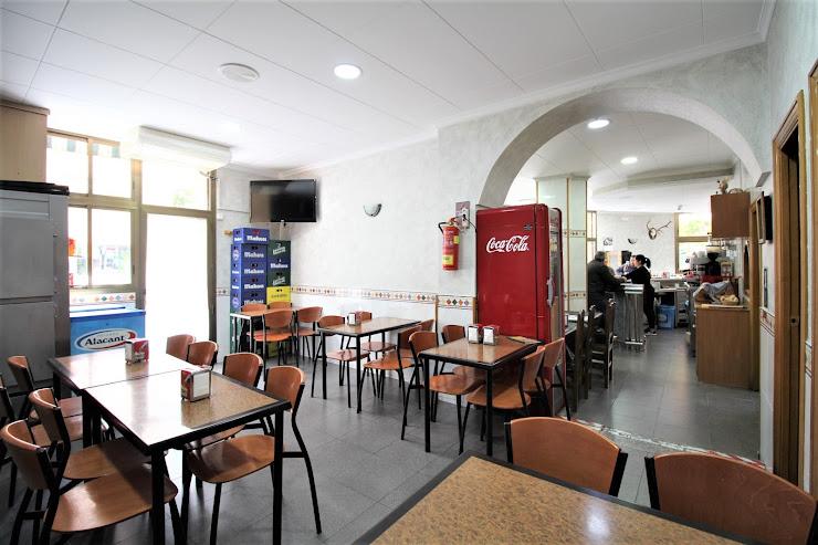 Canarias Bar-Restaurant Carrer de Sant Francesc Xavier, 26, 08950 Esplugues de Llobregat, Barcelona