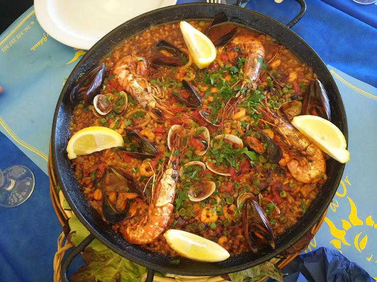 Restaurante Sol D'Or Passeig Cortils i Vieta, 6, 17300 Blanes, Girona