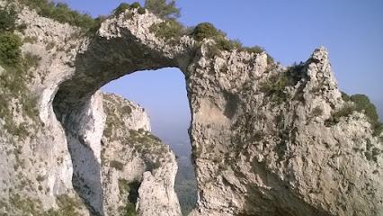 Ruta als Arcs de Castells de Castells