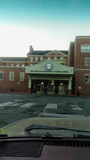 Veterans Hospital «VA Central Iowa Health Care System», reviews and photos