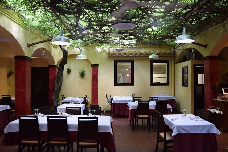 Restaurant Can Manau (Antiga Fonda) Carrer de Sant Josep, 11, 08393 Caldetas, Barcelona